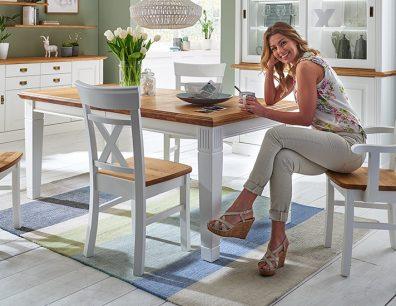 Nordic-Home-Landhaus-massiv-funktionstisch-truhenbank-stuhl-armlehnstuhl-RAL9010-ha