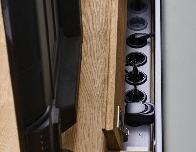 Kabelklappe- Kabellösung- Steckdosenleiste TV-Bank TV-Lowboard