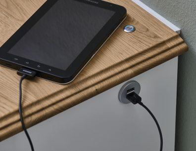 USB-Ladestation TV-Bank TV-Lowboard